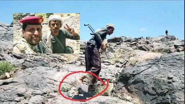 جندي يمني ظهر يخوض معركة قانية ببسالة حافي القدمين وهذا ما حدث له! ..صورة