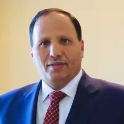 ورد الآن : ناشطون يمنيون يكشفون عن الشخصية  الذي يتم الدفع بها لرئاسة الحكومة
