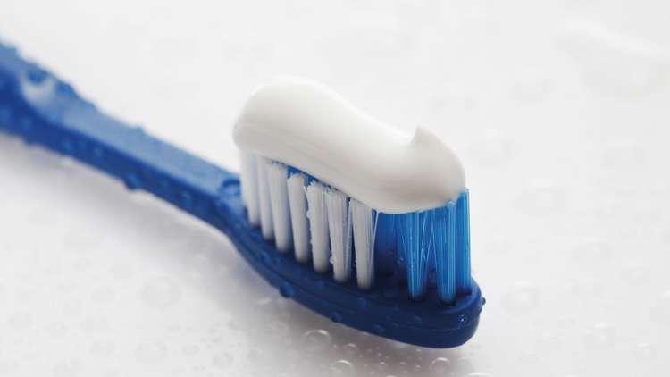 معلومة جديدة  معاجين الأسنان قد تسبب اورام والتهابات