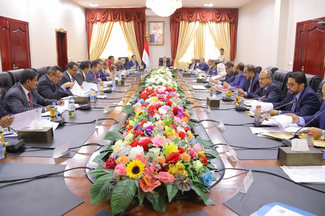 بن دغر يترأس اجتماعاً للمجلس ويؤكد حرص القيادة السياسية على تحقيق السلام الدائم