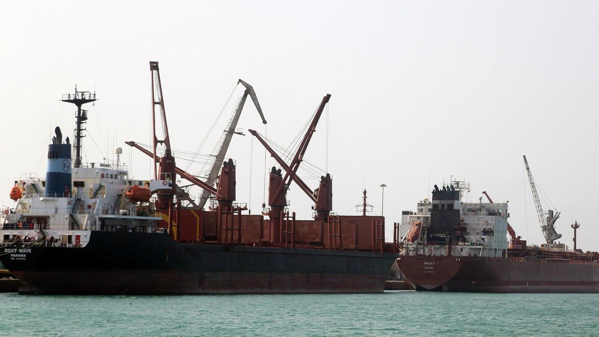 وزارة النقل تؤكد أن كافة الموانئ اليمنية جاهزة لاستقبال المساعدات الإنسانية