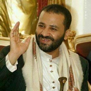 من هي آمنة العمراني التي أنقذت حميد الأحمر من خسارة محققه في صفقة تجارية لم يتمكن من تسويقها؟