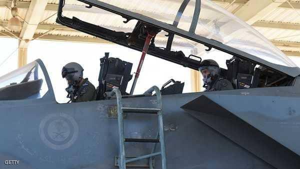 التحالف العربي: استشهاد طيار ومساعده في اليمن