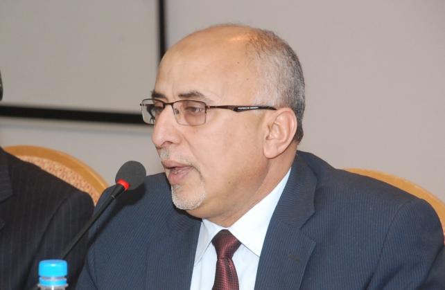 وزير الإدارة المحلية يثمن دور مجلس التعاون الخليجي النوعي في إغاثة الحديدة