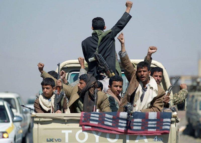 الحوثيون يمنعون المنظمات الدولية من التعامل مع مكاتب الصحة في المحافظات