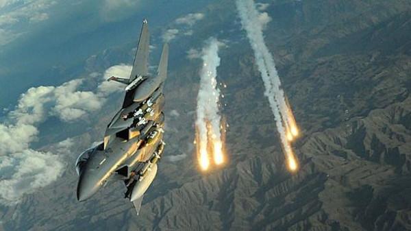 مصرع وجرح 4 غزاة حوثيين وغارات جوية تدك مواقع الميليشيات في شبوة