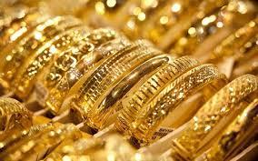 الذهب يقترب من أقل سعر في 4 أسابيع مع ارتفاع الدولار