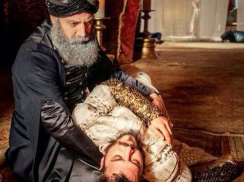 """إعدام الأمير في """"حريم السلطان"""" يهز تركيا ويزعج أردوغان"""