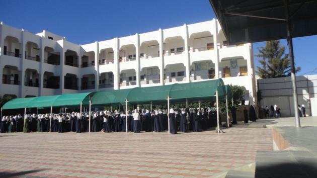 """تصرف صادم من الحوثيين تجاه أول مدرسة بنتها ثورة """"26"""" سبتمبر للبنات في صنعاء  ( تفاصيل )"""