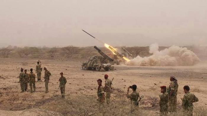 الجيش الوطني يهاجم مواقع الميليشيات جنوب غرب الجوف