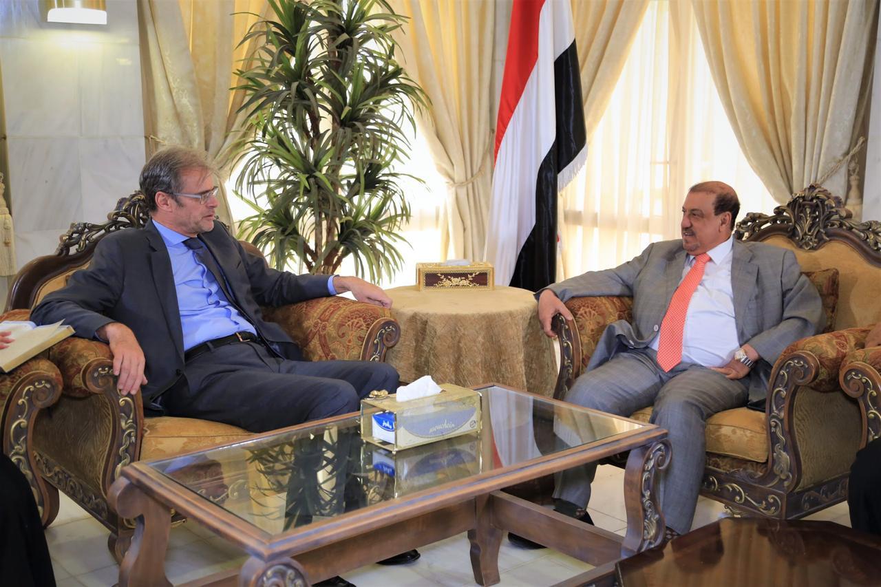 البركاني يلتقي السفير الفرنسي لدى اليمن
