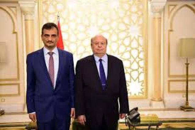 لهذا السبب.. المحافظ لملس يقدم استقالته للرئيس هادي!