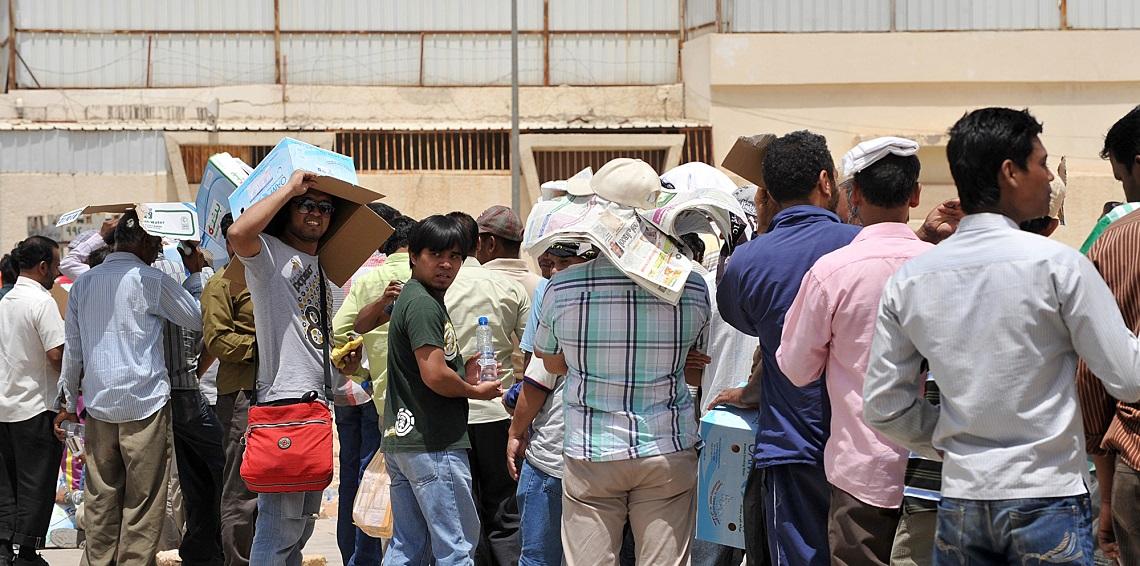 الكويت تستعد لحصر أعداد الوافدين في مؤسساتها الحكومية تمهيدًا للاستغناء عنهم