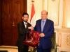 """الرئيس هادي يستقبل رئيس حملة  """"شكرا مملكة الحزم """" و"""" شكرا إمارات الخير""""   فراس اليافعي"""