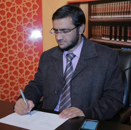 أحمد مفضل : محمد البخيتي يحرّف القرآن ( 1 - 2 )